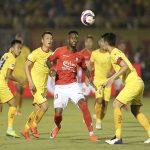 Bóng đá VN 22/4: Các đội bóng V-League ồ ạt thay ngoại binh