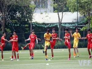 Bóng đá VN 13/5: Các cầu thủ U22 Việt Nam được kiểm tra thể lực