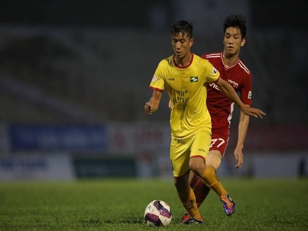 Bóng đá VN ngày 7/5: Toàn đội Sông Lam Nghệ An phải cách ly